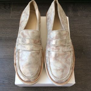 Stuart Weitzman Lounge Leather Slip On Loafer
